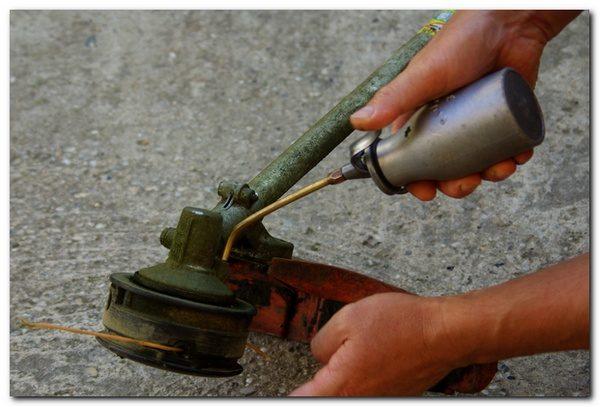 Trimer se gasi kod dodavanja gasa