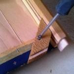 Popravak rasklimane stolice